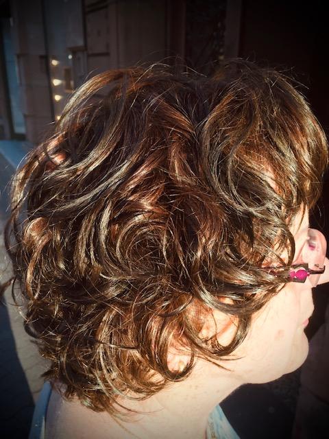Curlsys Haarschnitt-Technik